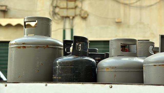 Hvad bruges store gasflasker på 33 kg til?